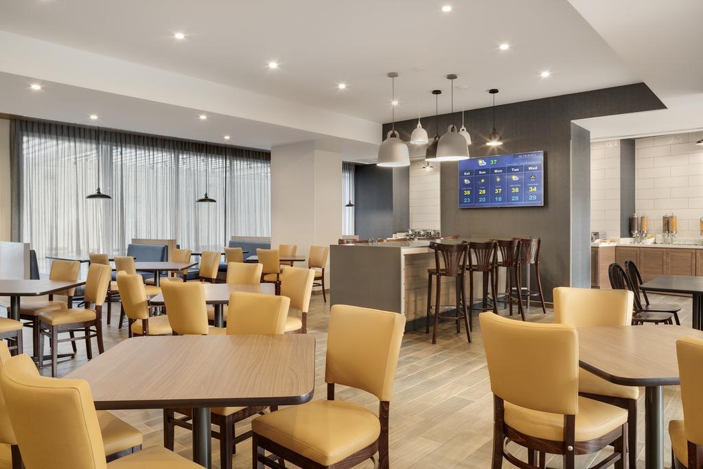 Fairfield Inn & Suites restaurante