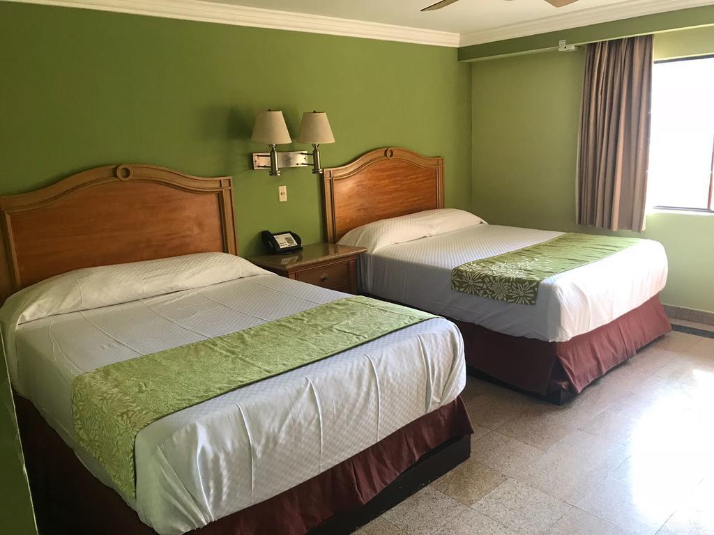 Hotel Aqua del Río camas