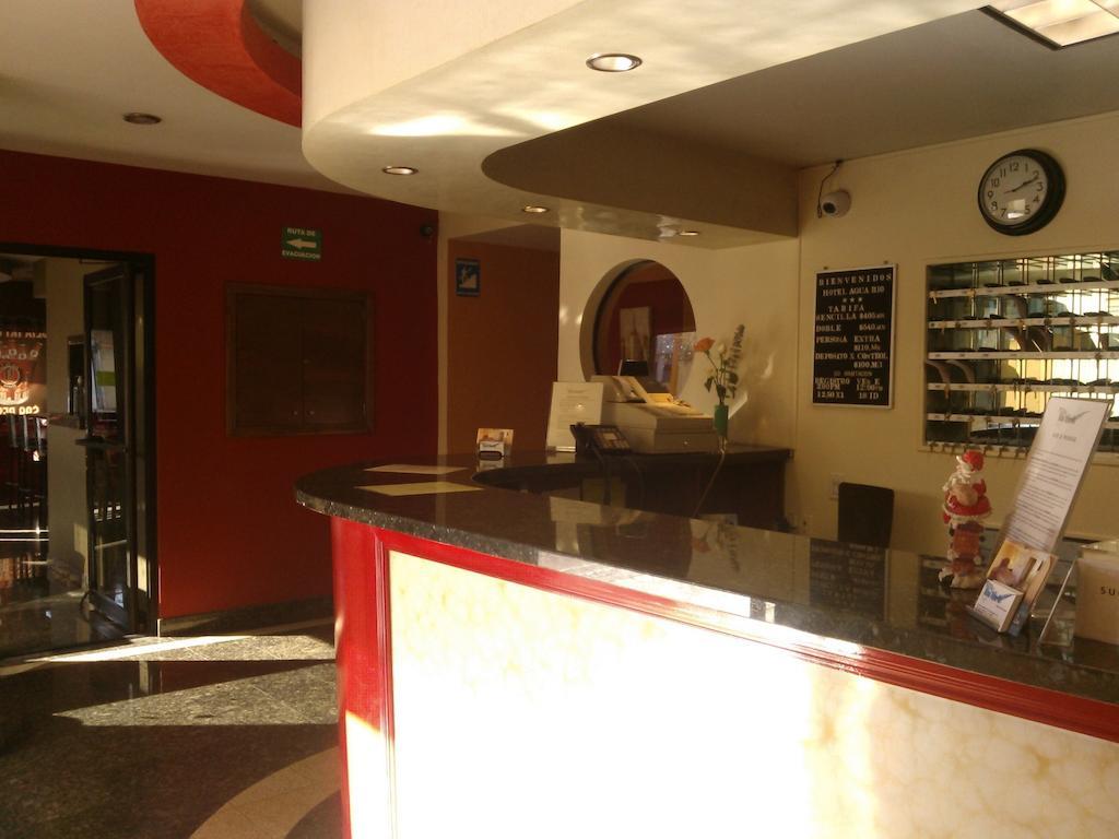 Hotel Aqua del Río recepcion