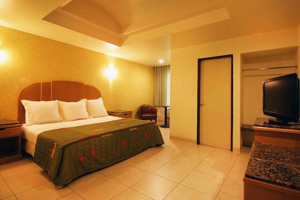 Hotel Astor Tijuana habitacion