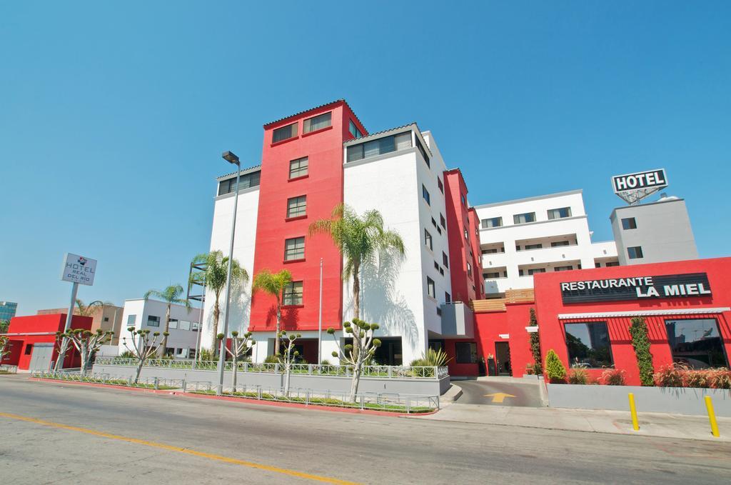Hotel Real del Rio fronta