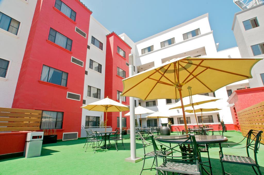 Hotel Real del Rio jardin