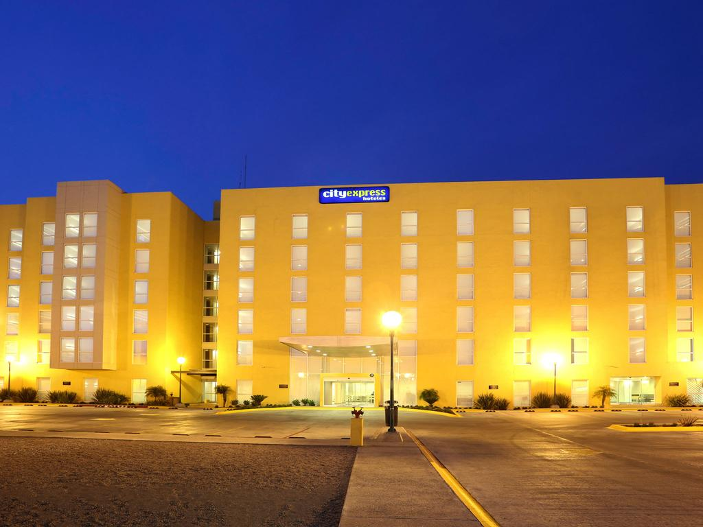 City express hotel tijuana insurgentes
