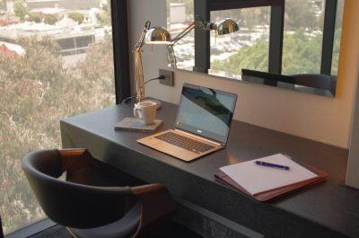 Quartz Hotel and Spa escritorio