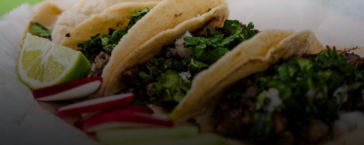 ¿Qué hace únicos a los tacos de carne asada de Tijuana