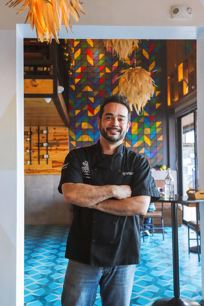 Los Compas, Chef Mario Peralta