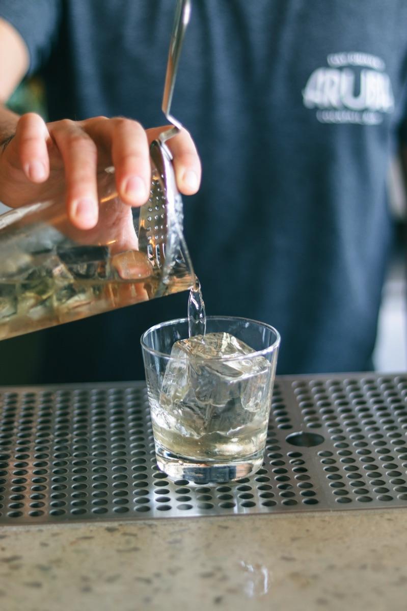 Aruba Day Drinking Bar 02