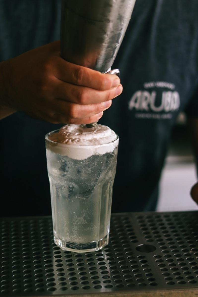 Aruba Day Drinking Bar 03